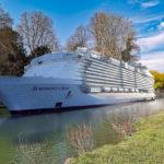 Crécy-la-Chapelle : les paquebots de croisière envahissent la Venise briarde
